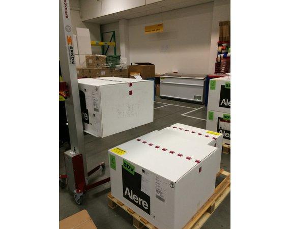 Hovmand Verrijdbare Tilhulp Impact 70 met platform en doos