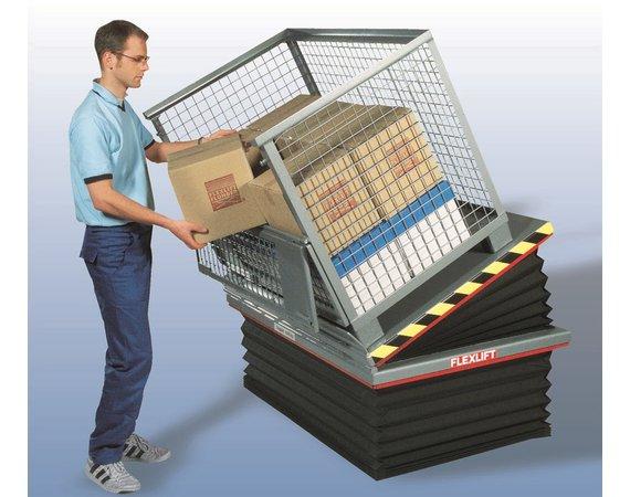 Flexlift FE laagbouw heftafel met kantelinrichting en voorzien van beschermbalgen