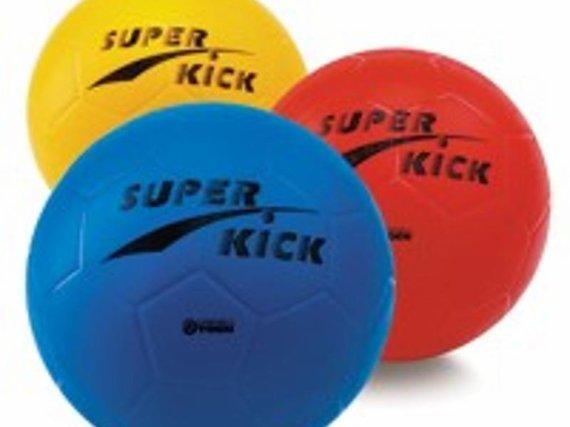 Fussball light diese Super Kick ist ein prima Ball zum günstigen Preis.