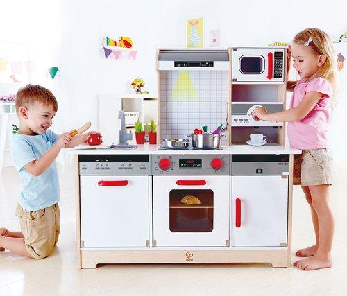 Multifunktionele keuken met licht