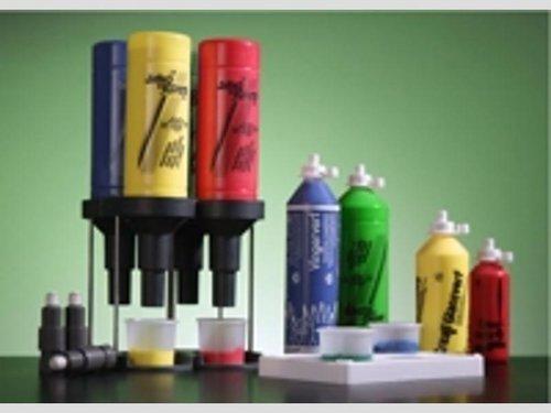 Press & Paint dosiersystem 4 Halter + Pumpen. Geeignet für alle Creall-Flaschen. Noch 3 Sets lieferbar.
