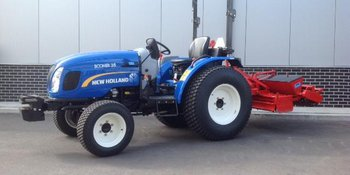 New Holland Boomer 35 afgeleverd