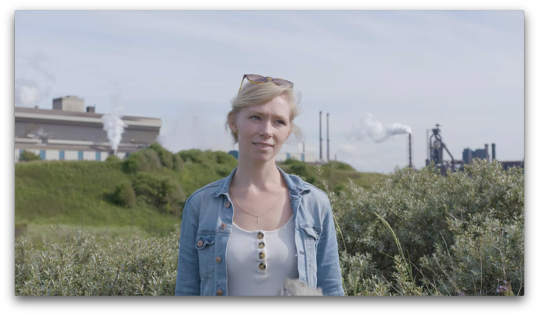 Lisette Mekkes, PhD researcher at Naturalis and one of the talents in the movie