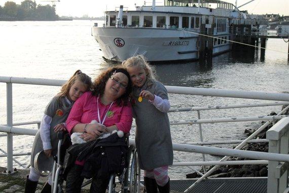 Malissa Klootwijk met haar zusjes